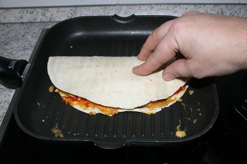 78 - Tortilla umklappen / Fold tortilla