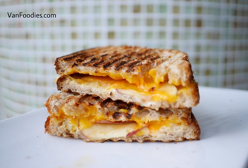 Sweet and Spicy Apple Grilled Cheese