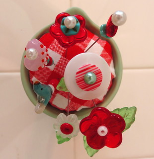 Hollyhill Quilts pin cushion2