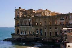 Palazzo DonnAnna Napoli