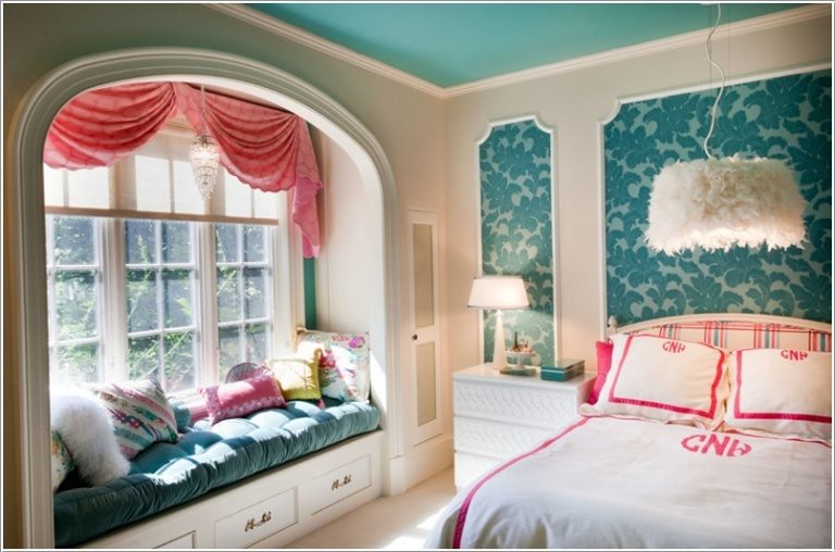 Add Visual Interest To Your Bedroom Window Seat