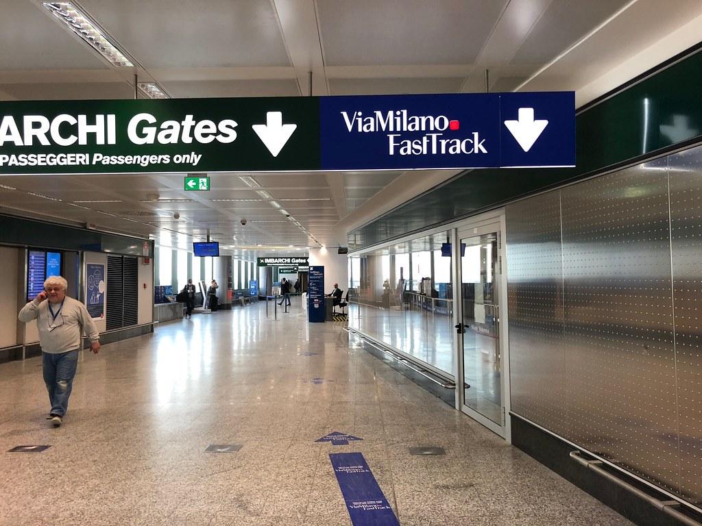 Emirates Lounge Milan MXP 6
