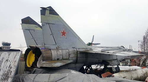 N84027607 34 red MiG-25 Riga-Skulte 10-3-18
