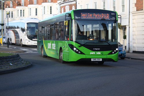 Stagecoach South 26042 SN16OOU