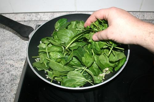14 - Spinat dazu geben / Add spinach