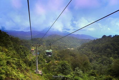 sky skyline forest cloud mountains malaysia hdr habib hbb hbeebz hbib muhammadhabibphotography muhammadhabib pahang canon tamron cablecar