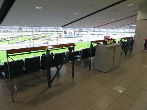 福島競馬場の立ち見スペース