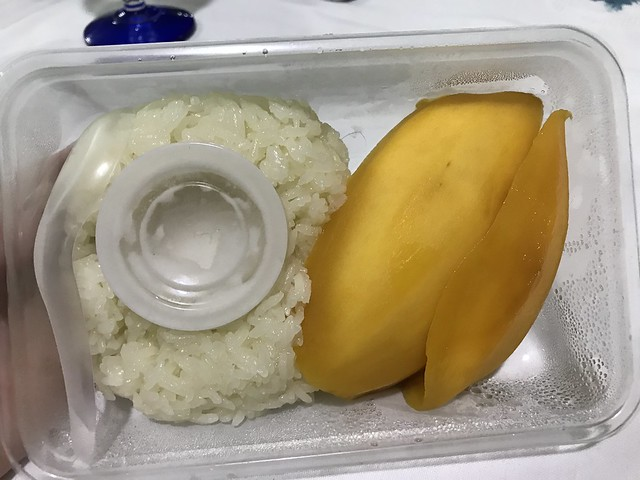 comfort food, sticky rice with mango