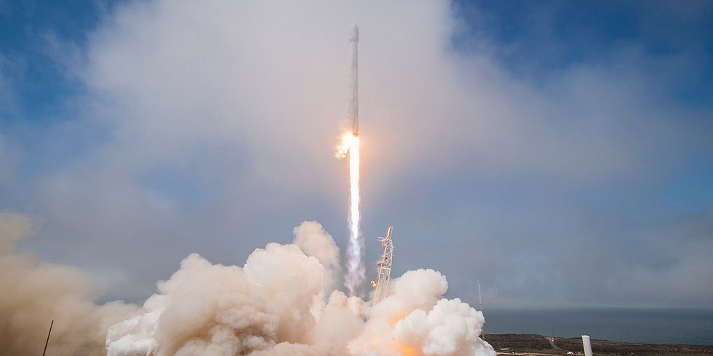 falcon_9_spacex_2018