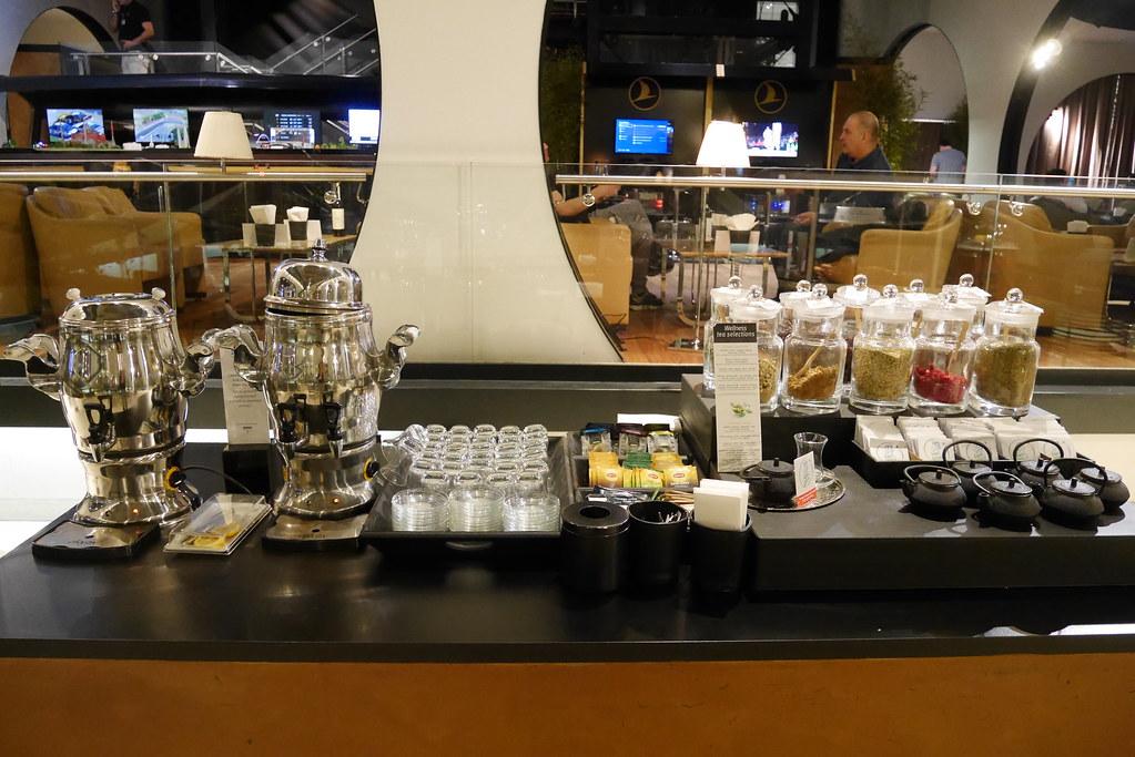 土航CIP Lounge茶饮区