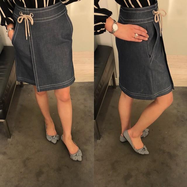 Ann Taylor Chambray Wrap A-line Skirt, size 00P