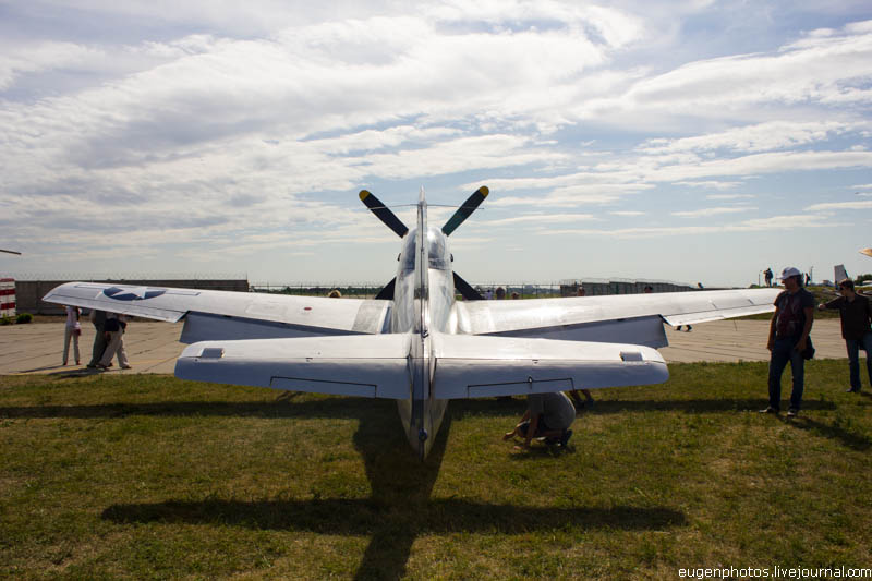 Выставка ретро самолетов в Киеве