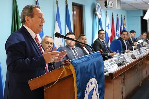 Secretario General del SICA Vinicio Cerezo presenta, ante PARLACEN,  Informe Anual de los resultados obtenidos en el 2017 siguiendo el Plan Estratégico 2017-2021