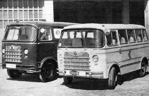 Microbús Nazar A i ambulància
