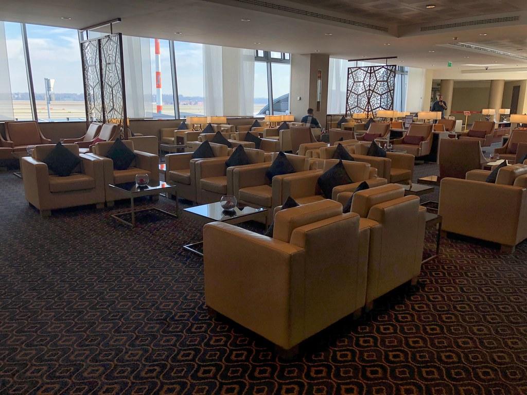 Emirates Lounge Milan MXP 29