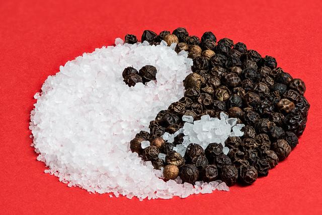 Salt and Pepper Yin-Yang