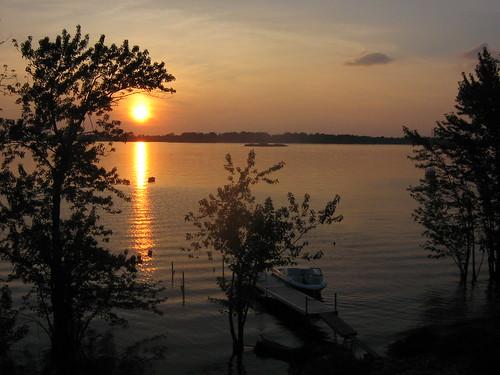 sunset lake boat dock 2006 champlain jul vt stalbans vttrip havarest stalbansbay