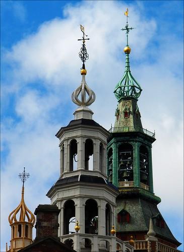 Den Haag: Torens van Oude stadhuis en kerk