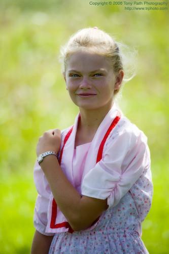 Young Mennonite Girl  A Young Mennonite Girl From Spanish -8166
