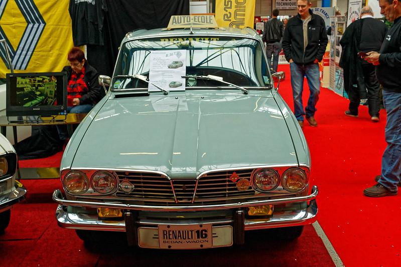 Les Renault du 31 ème Salon du Véhicule Champenois à Reims !  27132598448_9abb9132cd_c