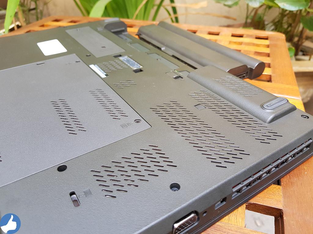 ThinkPad W541 - được bổ sung các lưới hút nhiệt, tăng khả năng tản nhiệt