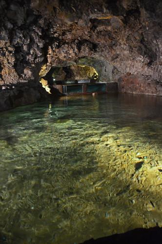 Grotto 05