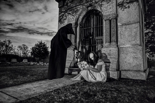 nikond750 nikon nikkor graveyard blackandwhite gravescape landscapebackground reaper faceless dreamscape eerie grimreaper moody behindtheclouds philadelphiaphotographer hiddenstory dreaming faceyourexistence faceyourfears faceyourtime lifeanddeath