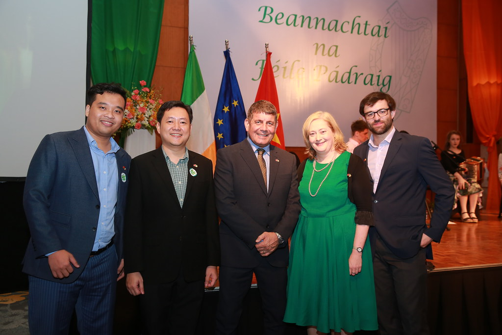 MainstreamRP Vietnam supports St. Patrick's Day