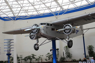 Ford Trimotor 5-AT