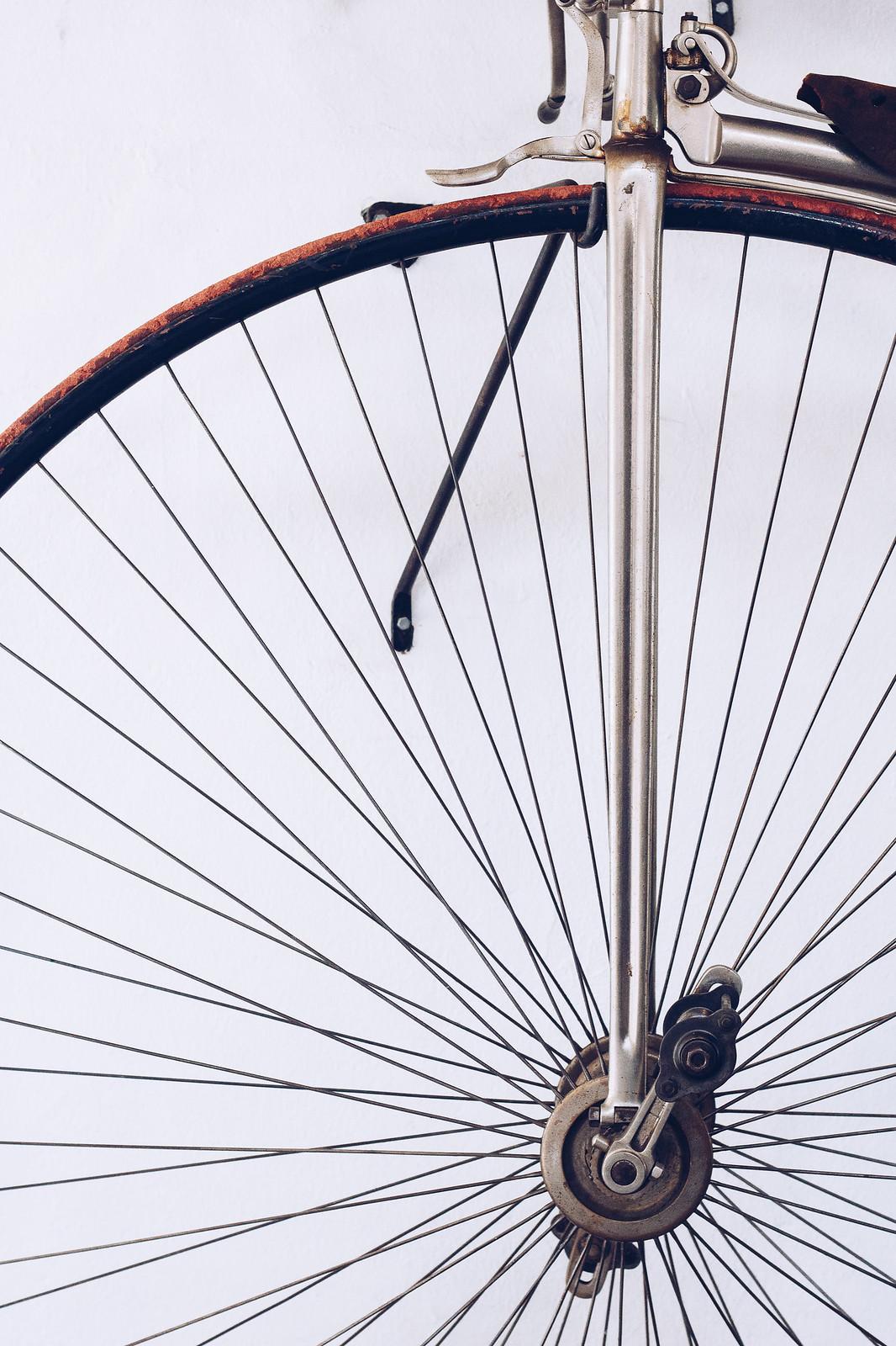 Cykelhjul och ekrar - reaktionista.se