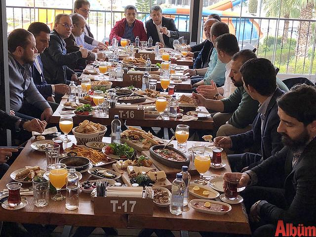 Ahmet Guzyaka -kahvaltı