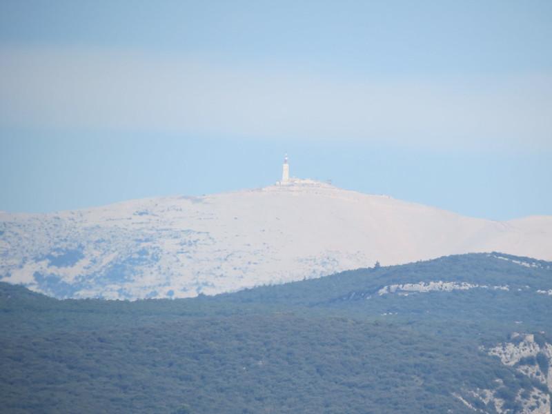 Vue du Mont Ventoux sur RoussillonIMG_9410
