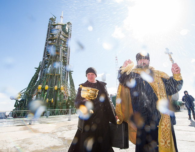Expedition 47 Soyuz TMA-20M Blessing