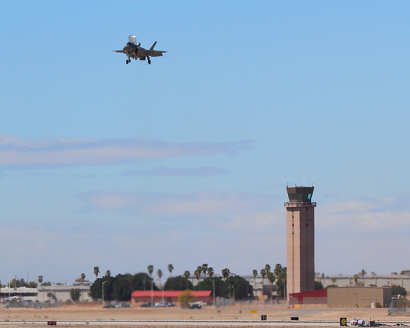 IMG_2999 F-35B Lightning II Hovering