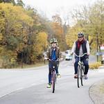 Cykeltur bland höstträden