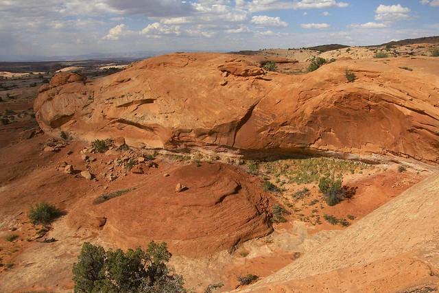 Sandstone cove above Labyrinth, Canon EOS REBEL T3I, Tamron AF 18-270mm f/3.5-6.3 Di II VC PZD