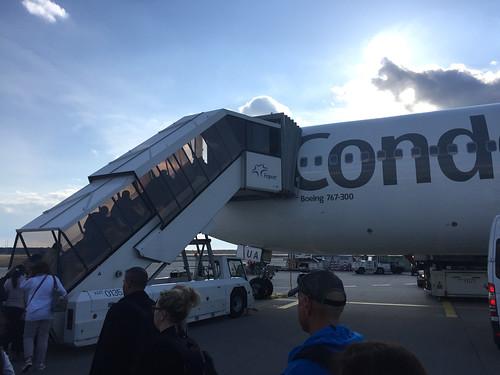 10 - Einstieg in die Condor Boing 767-300