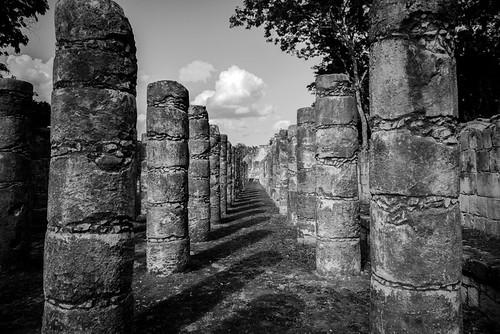 Hall of a thousand pillars