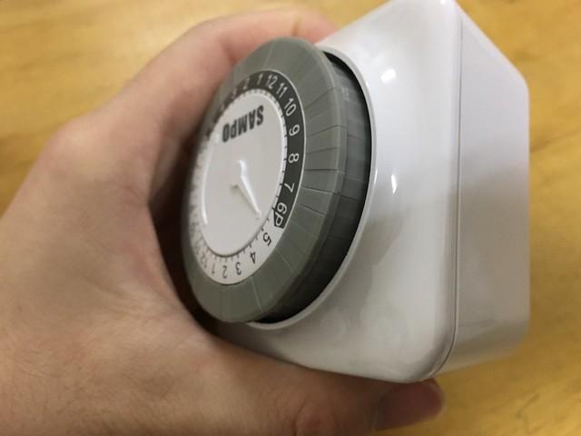 開關與黑白轉盤切齊表示不執行的時間,按下去的就是會供電的時間@SAMPO聲寶計時器 (EP-UN1BT/EP-U142T)