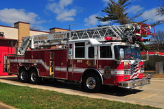 Fairfax County Fire and Rescue Department Ladder 425