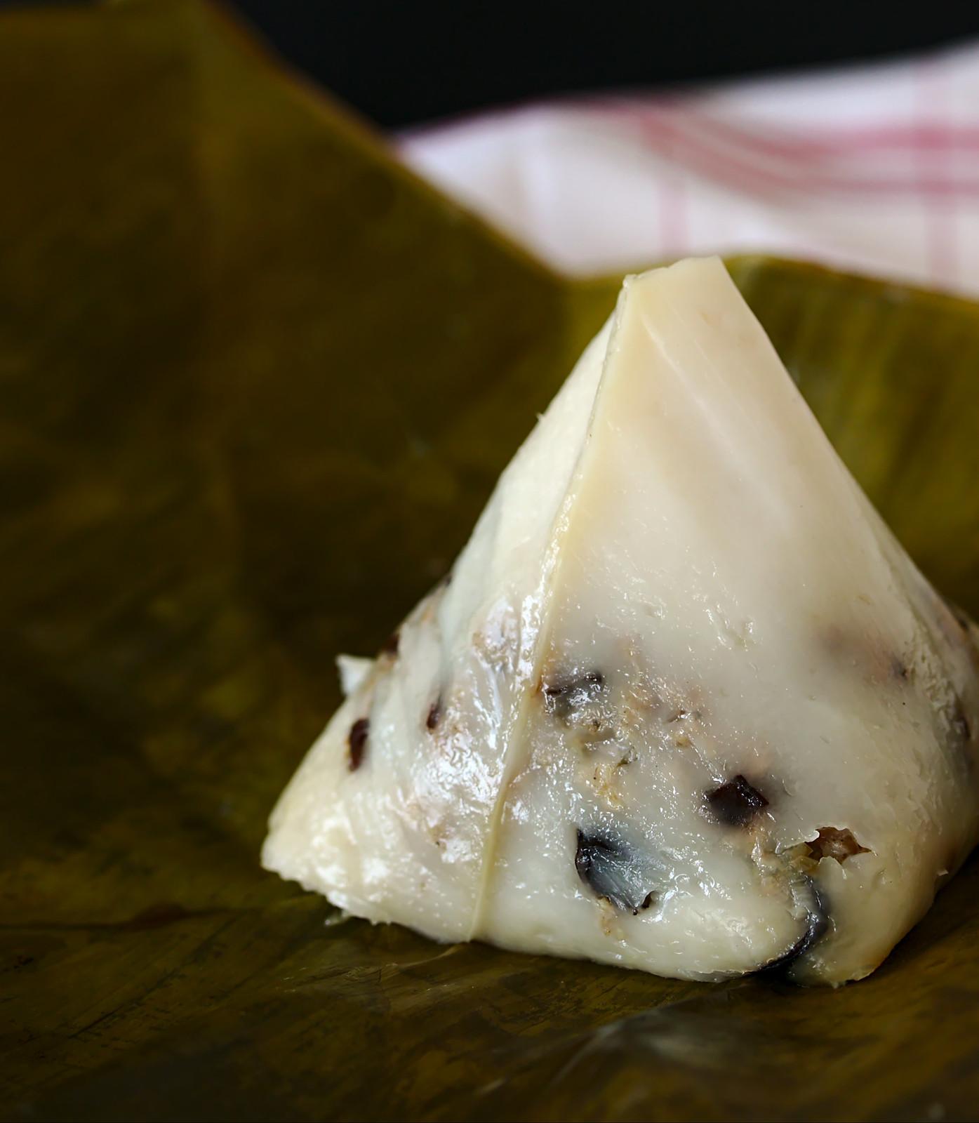 Bánh giò | Rice flour and pork pyramid dumplings Recipe | platedpalate.com
