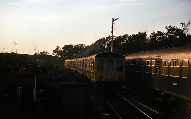 Class 108 DMU @ Whitley Bay, 28/09/1976 [slide 7625]