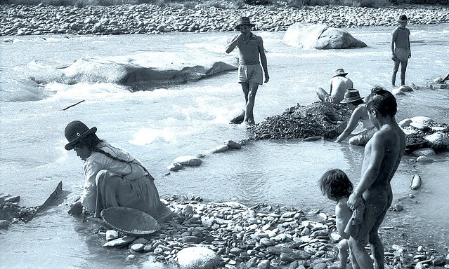 Photo:Bolivia, people panning for gold from Tipuani River in La Paz 1954 By SSAVE w/ over 9 MILLION views THX