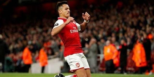 Manchester United Masukkan Sanchez Dalam Kesepakatan Transfer Ronaldo