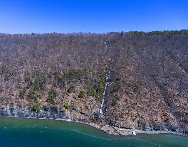 Staghorn Cliffs on Skaneateles Lake