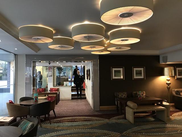 Thistle Trafalgar Hotel lobby