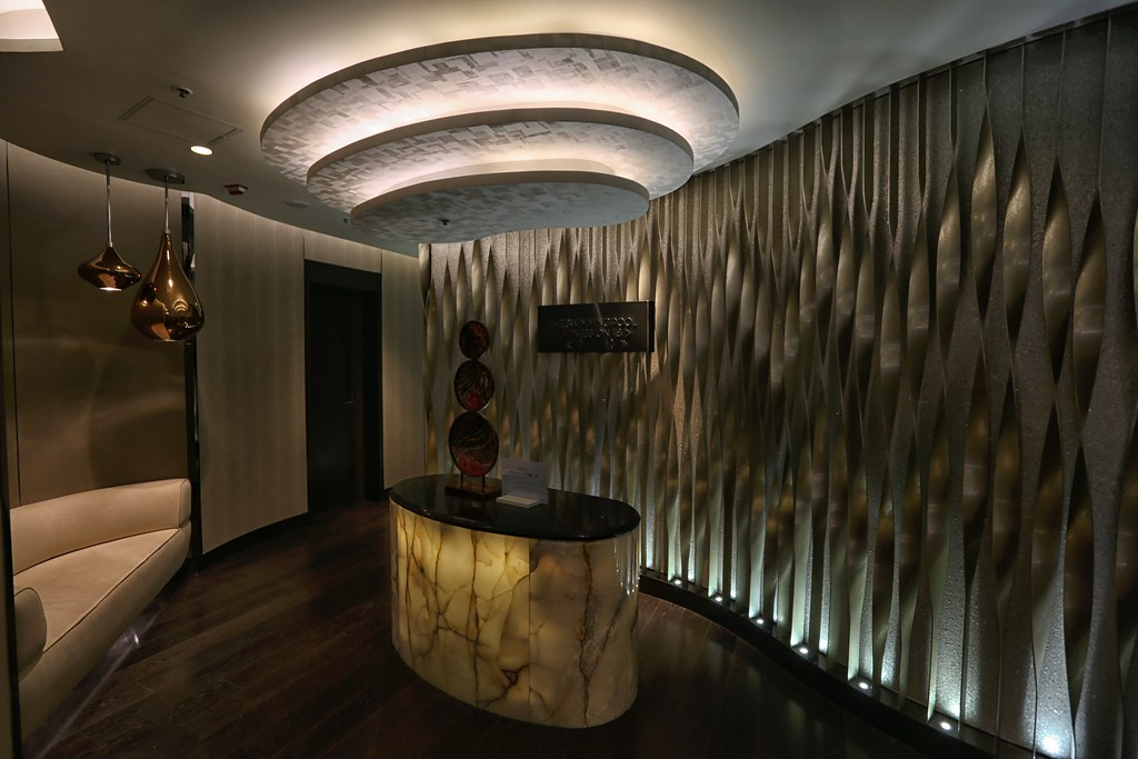 Ritz-Carlton Hong Kong Pool and Gym 8