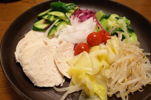 0405胸肉サラダ