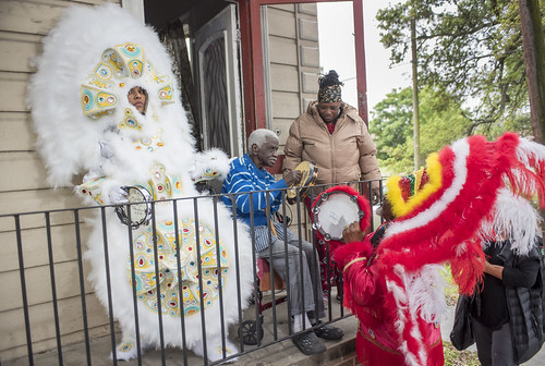 Yellow Pocahontas Queen and Spy Boy Ricky visit a former Yellow Pocahontas 3rd Chief during Downtown Super Sunday on April 8, 2018. Photo by Ryan Hodgson-Rigsbee RHRphoto.com