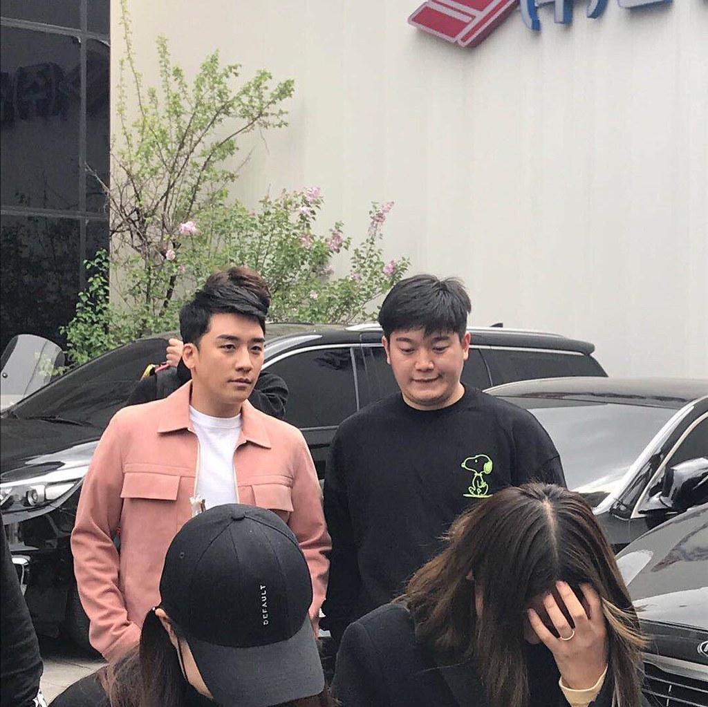 BIGBANG via pandariko - 2018-04-15  (details see below)